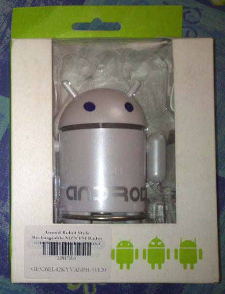 Android Robot Style Rechargeable MP3/ FM Radio with Stereo Speaker