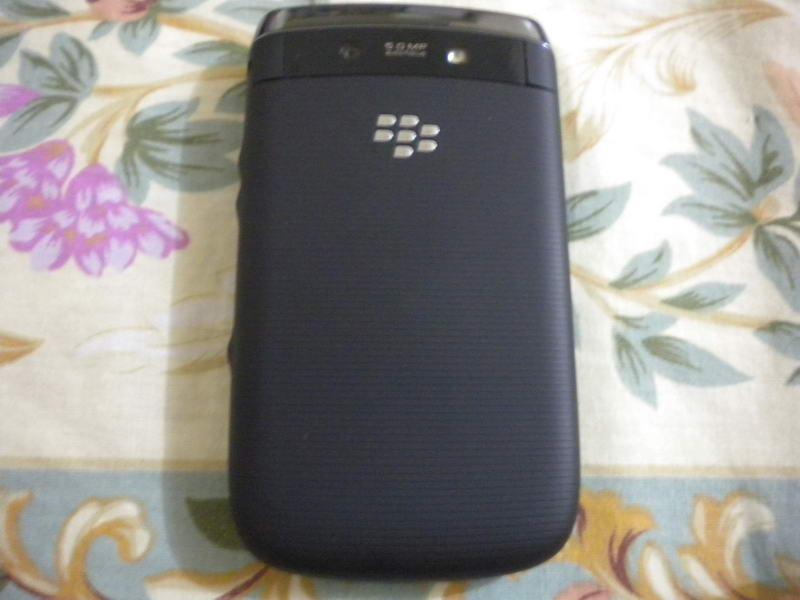 BlackBerry Torch 9800 by Jcyberinux